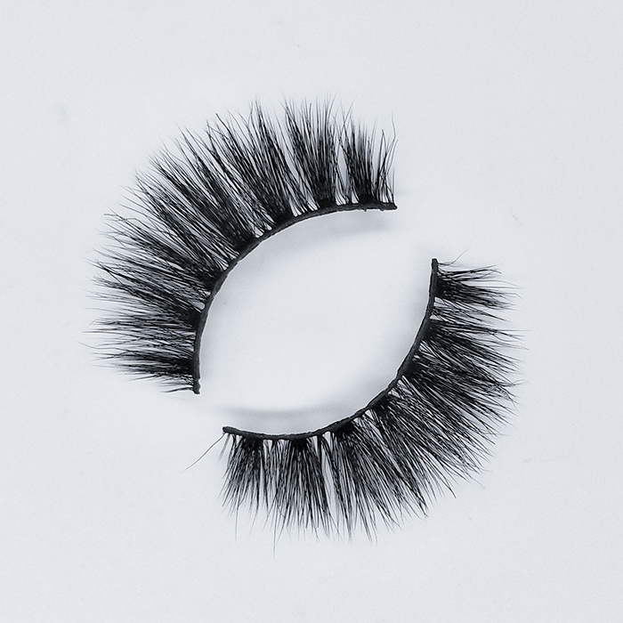 Cheap and best 3d faux mink natural eyelashes with custom packaging box at Kaisi