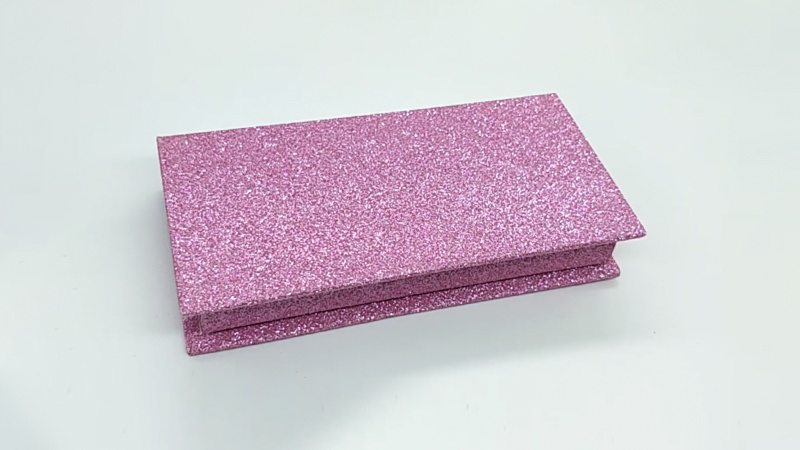 Pink glitter eyelash box